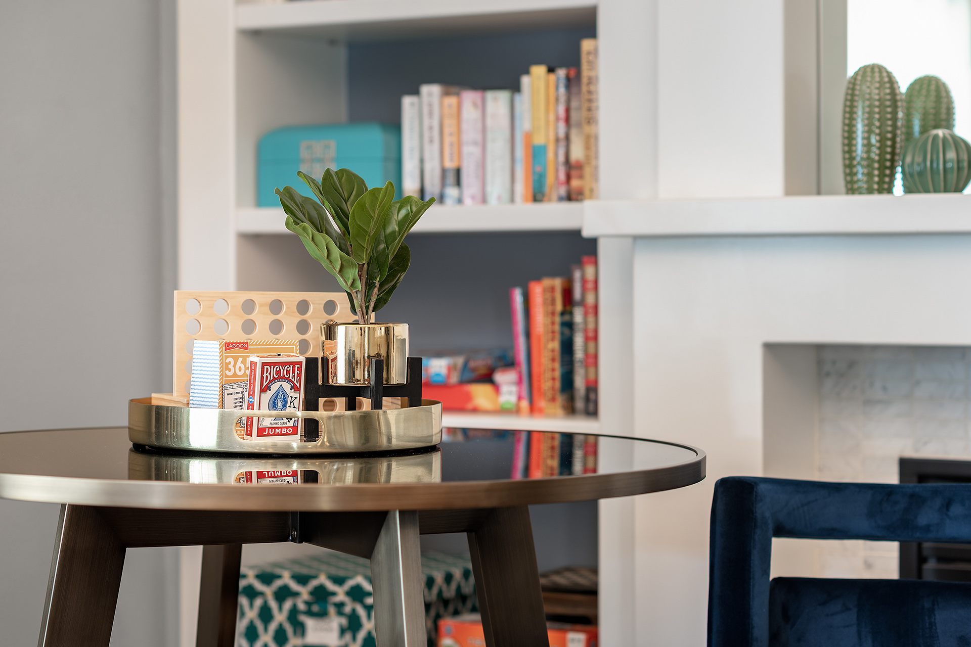 Palm-Springs-Vacation-Rental-Game-Room-Bar-Table
