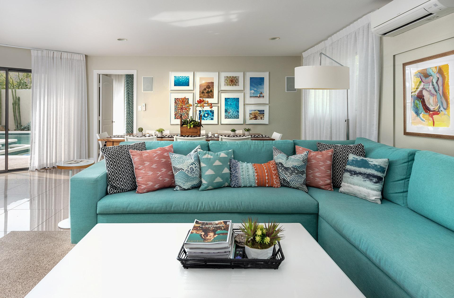 Palm-Springs-Vacation-Rental-Living-Room