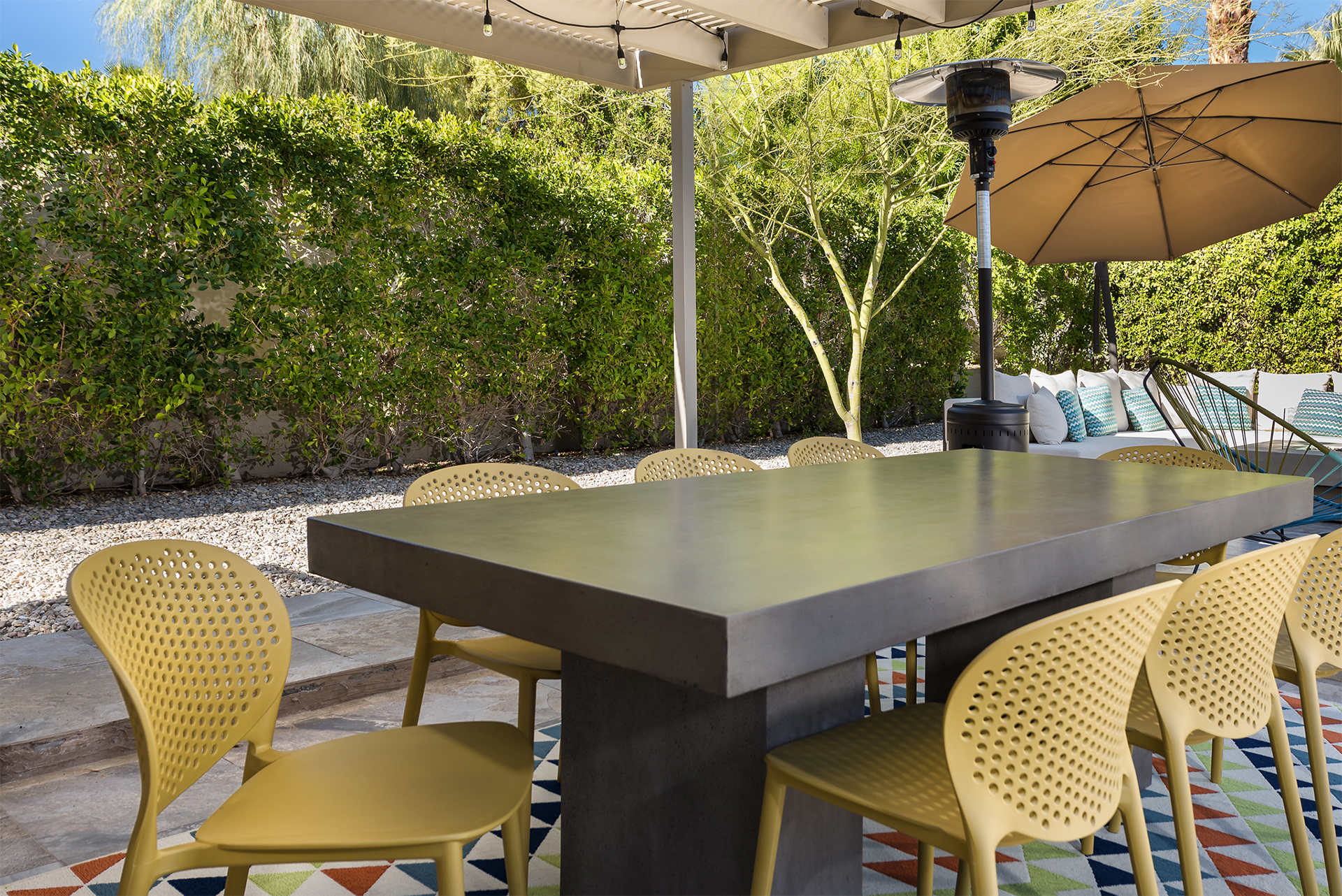 Outdoor Dining for Eight